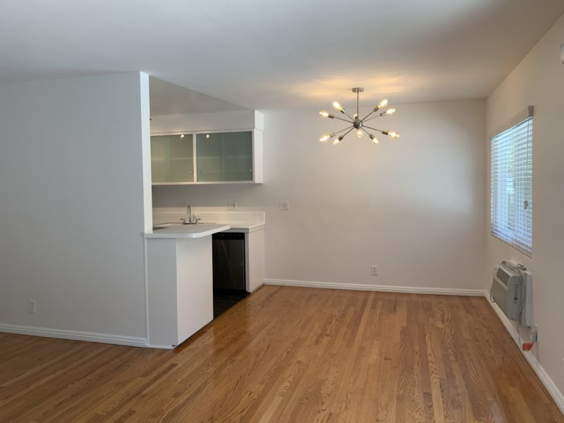1709 N. Fuller Ave. Los Angeles, CA. 90046. 1 Bed, 1 Bath w/ wood floors and parking. $1,895