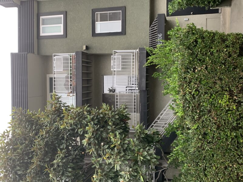 2206 Allesandro St. #104 Los Angeles CA. 90039. 2 Bed, 1 Bath $2,000
