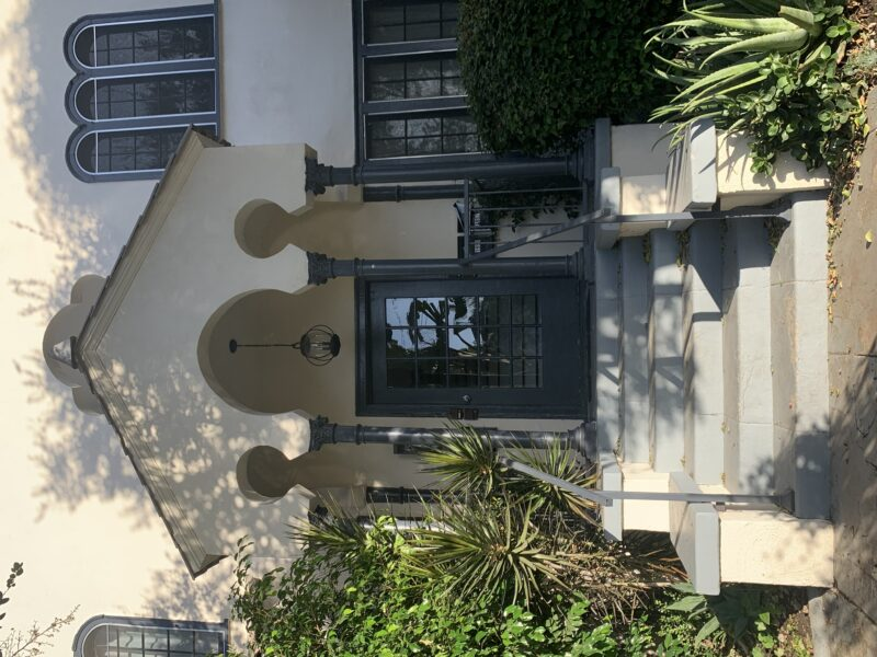 1952 Carmen Ave. Los Angeles CA. 90068. 2 Bed, 2 Bath with in-unit washer & dryer $3,200
