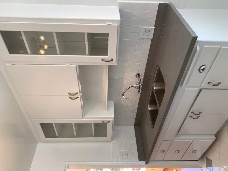 1849 N. Harvard Blvd. Los Angeles CA. 90027. STUDIO w/ wood floors $1,395