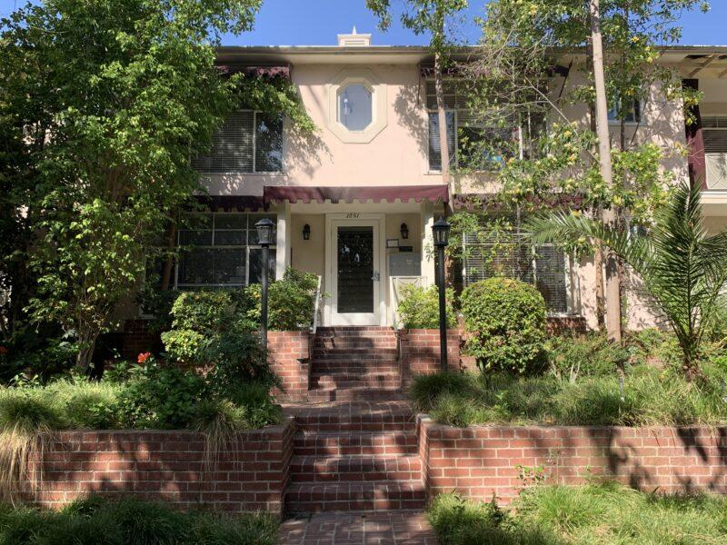 1849 N. Harvard Blvd. #3 Los Angeles CA. 90027. 1 Bed, 1 Bath w/ hardwood floors $1,595